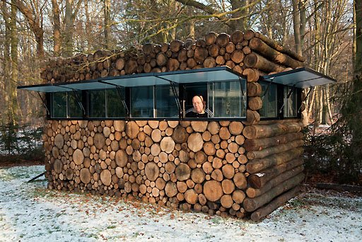 This cabin is a modernist prefab portable woodpile for Stili di log cabin