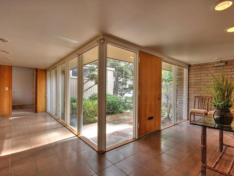 Explore A Beautifully Preserved Goody Steinberg In San