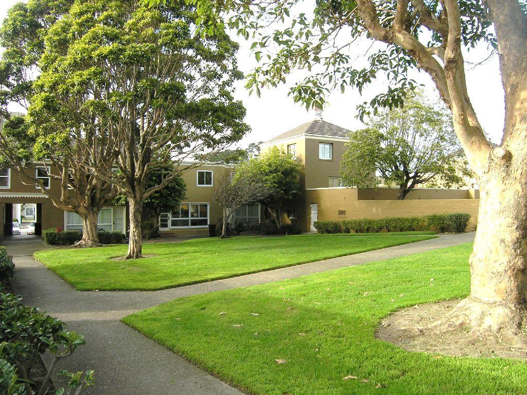 Plan To Replace Modern Landscape Wins Eichler Network